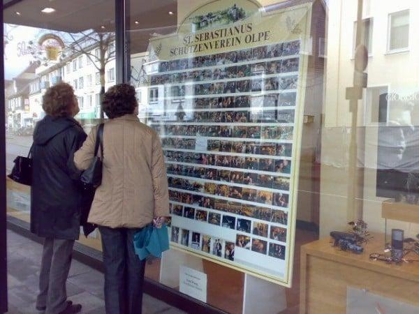 Schützenfest Olpe Fotoausstellung bei Brillen Schulte in Olpe.